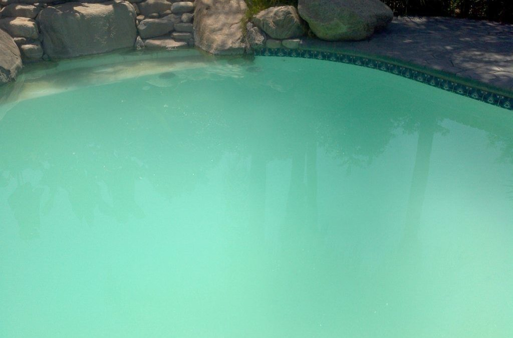 How to clear a cloudy pool best above ground pools - How long after pool shock before swim ...