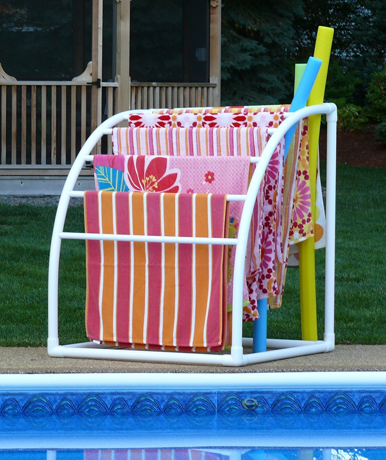 Towelmaid Outdoor Towel Rack Best Above Ground Pools